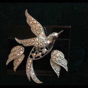 Sarah Coventry Bird Brooche and Earrings Set